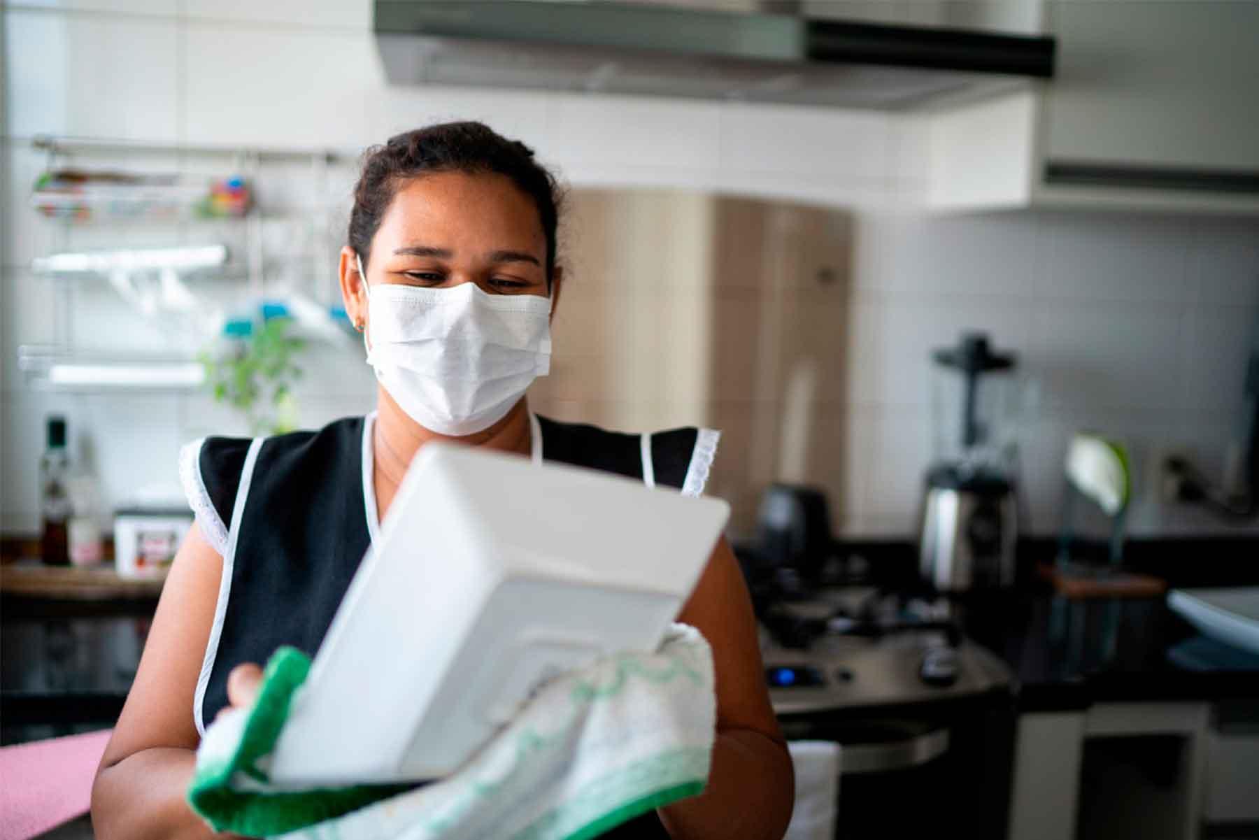 Gobierno promulgó la ley para trabajadoras del hogar