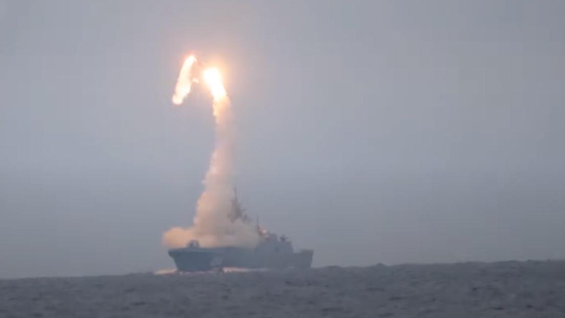 VIDEO: El novedoso misil hipersónico Tsirkón, lanzado desde el mar Blanco, alcanza el objetivo situado a 450 kilómetros en el mar de Barents