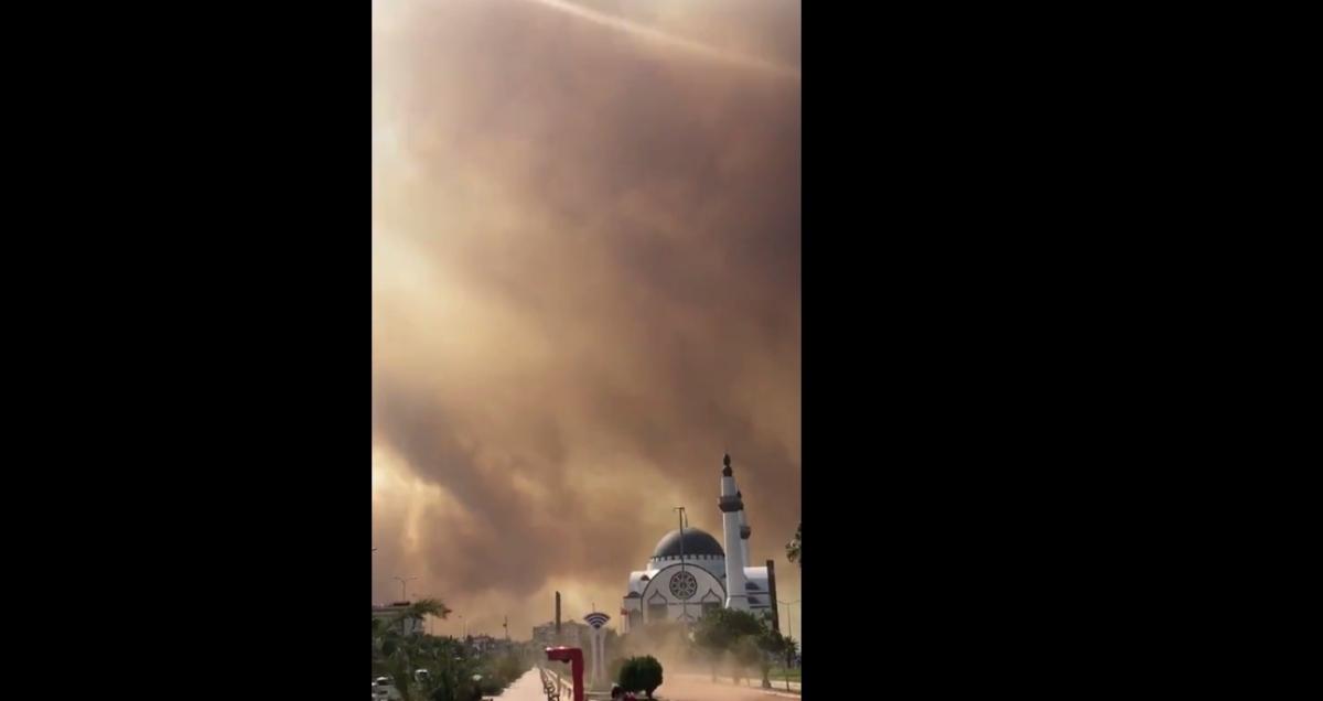 Los incendios forestales de Hatay se propagan a áreas residenciales en Turquía: video – Insider Paper