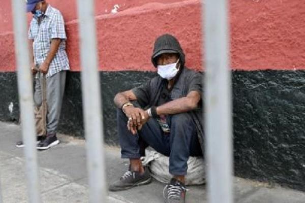 Dan el bono familiar a más de 3,800 presos – Diario Expreso