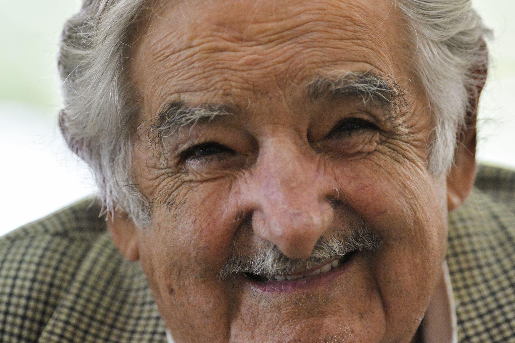 Mujica: «Triunfar en la vida no es ganar, es levantarse y volver a empezar»