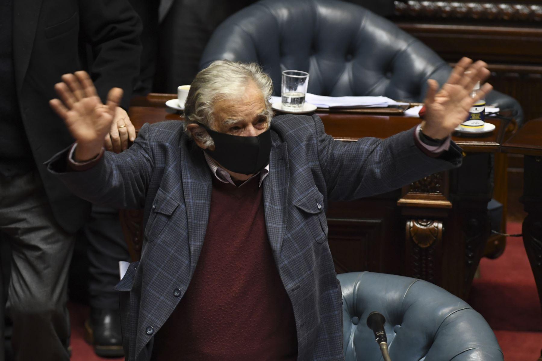 Expresidente uruguayo José Mujica se retira de la política