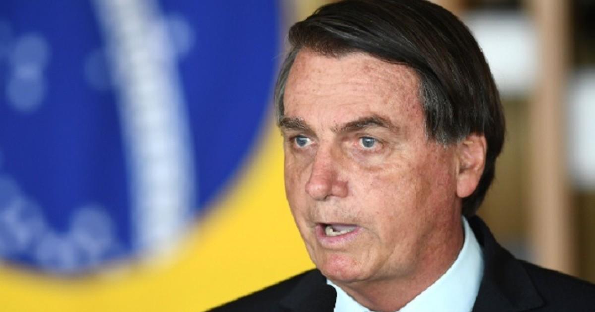 Bolsonaro afirma que Brasil no comprará la vacuna china anti COVID-19