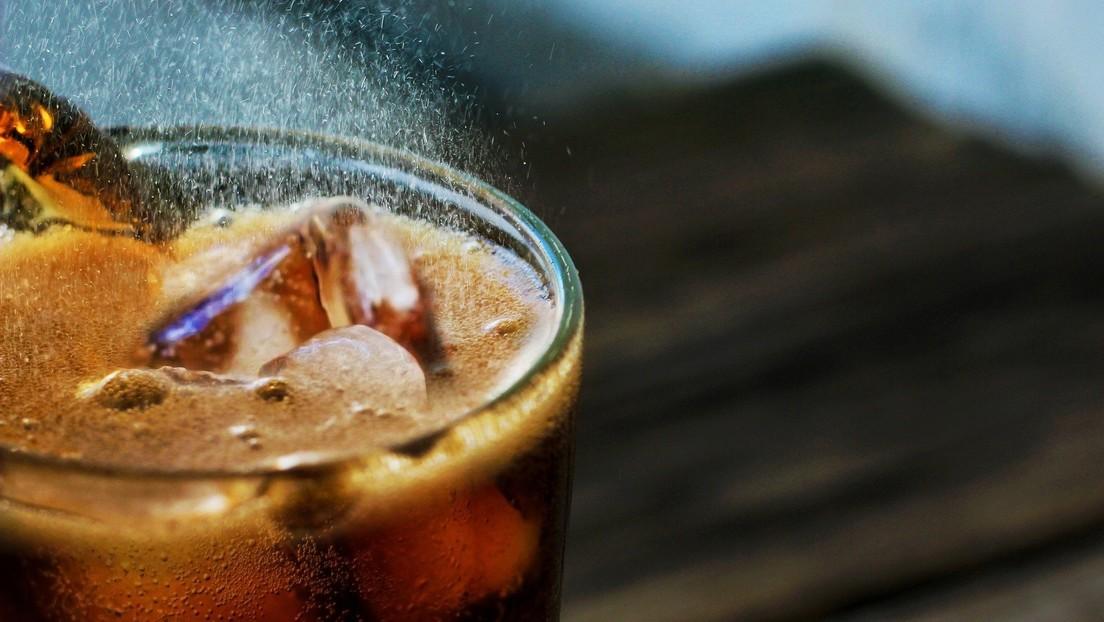 Advierten que las bebidas 'light' no son tan inofensivas como muchos creen