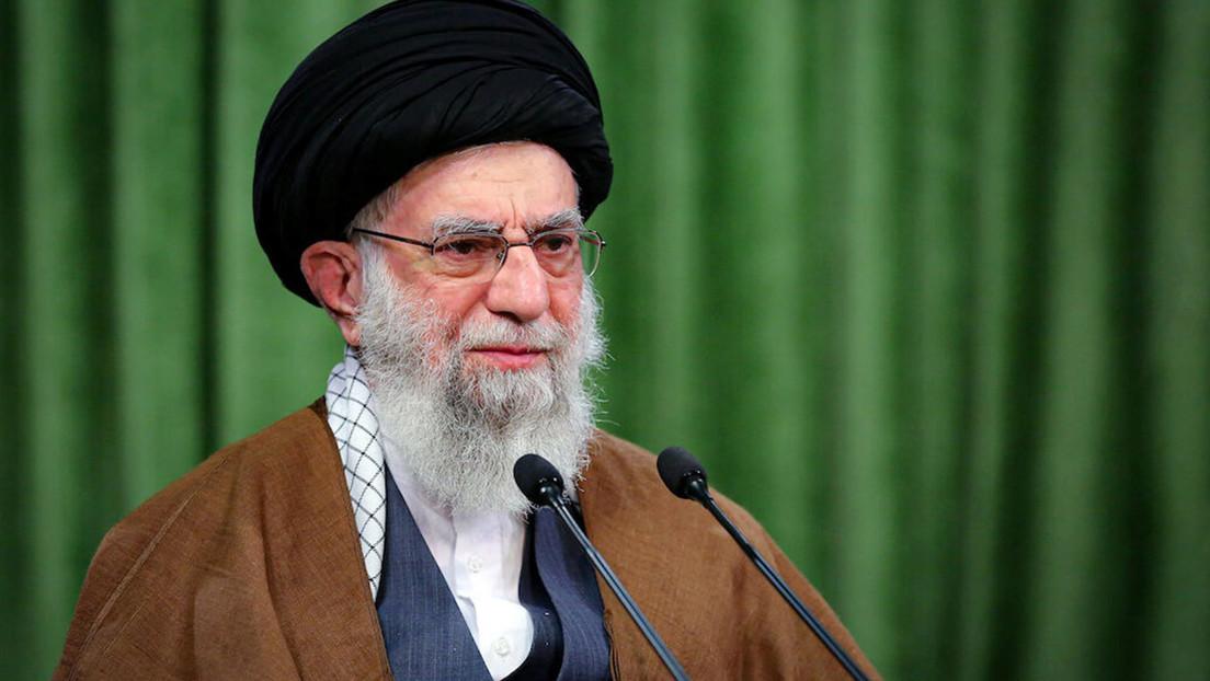 Líder supremo iraní: «Francia aboga por DD.HH. pero proporciona refugio a terroristas más brutales y ayudó a lobos sanguinarios como Saddam Hussein»