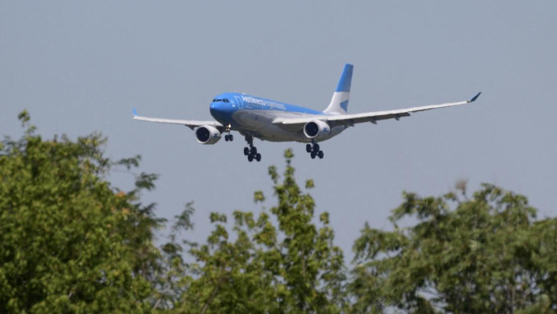 Un vuelo de Aerolíneas Argentinas partirá el jueves a Moscú para recoger 300.000 dosis de la vacuna Sputnik V