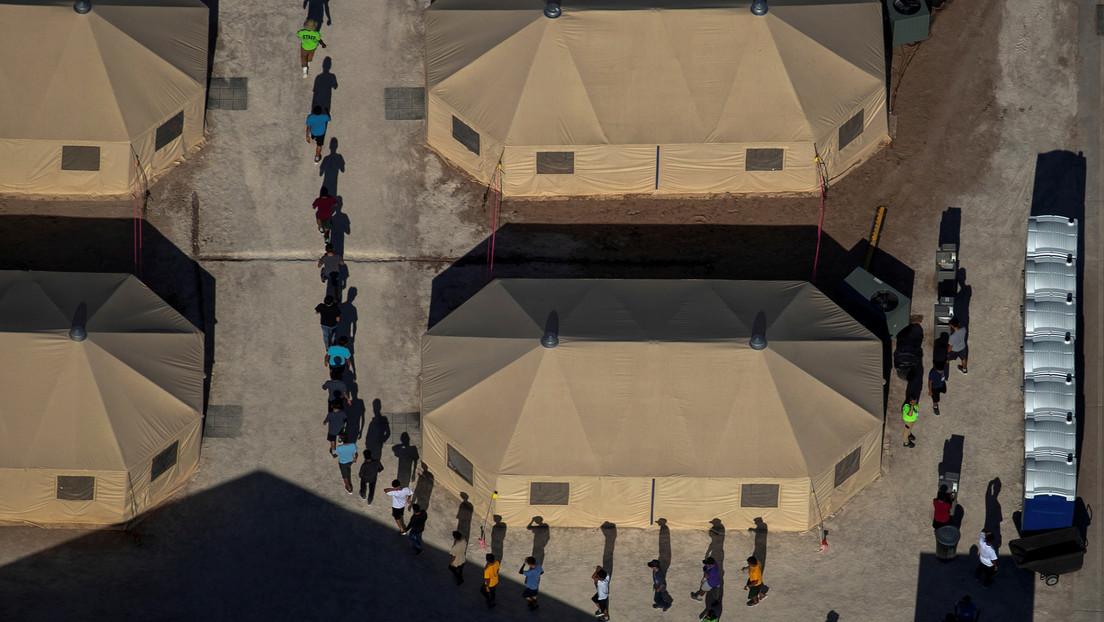 «No se trata de niños encerrados en jaulas»: la Casa Blanca defiende que Biden reabra una instalación para niños migrantes en la frontera