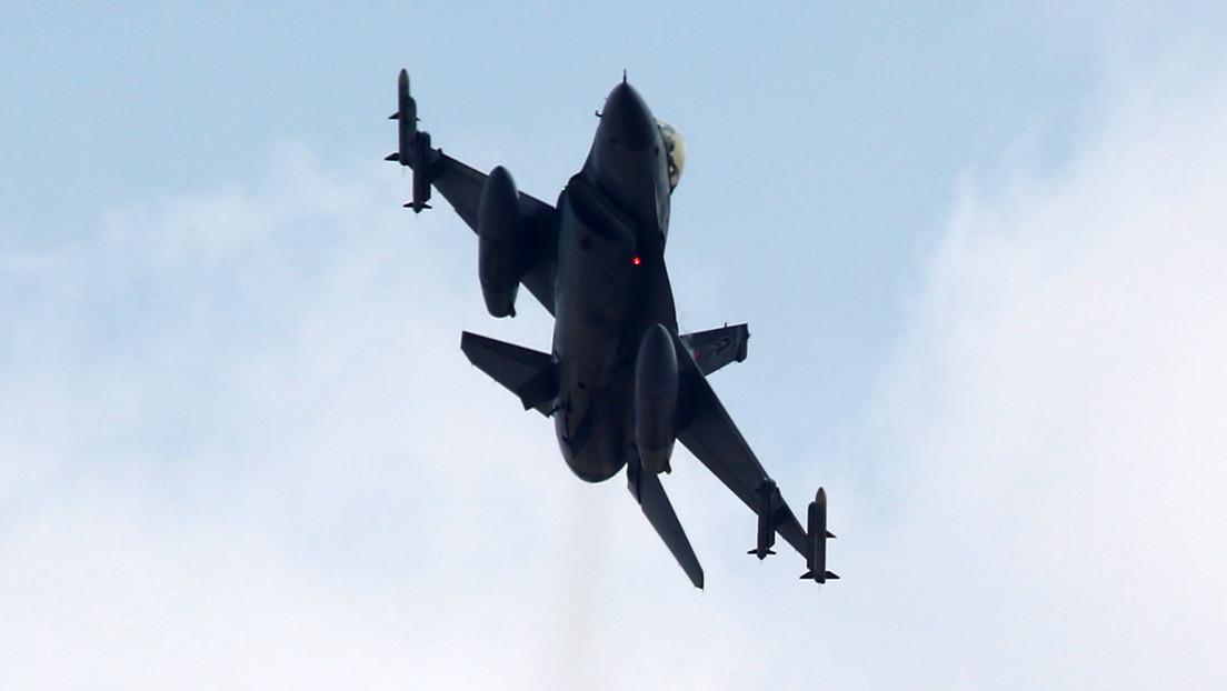 Un caza se estrella en el centro de Turquía