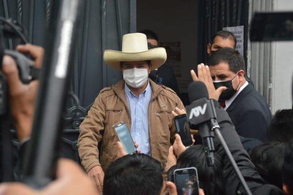 Pedro Castillo expulsaría a la DEA del Perú